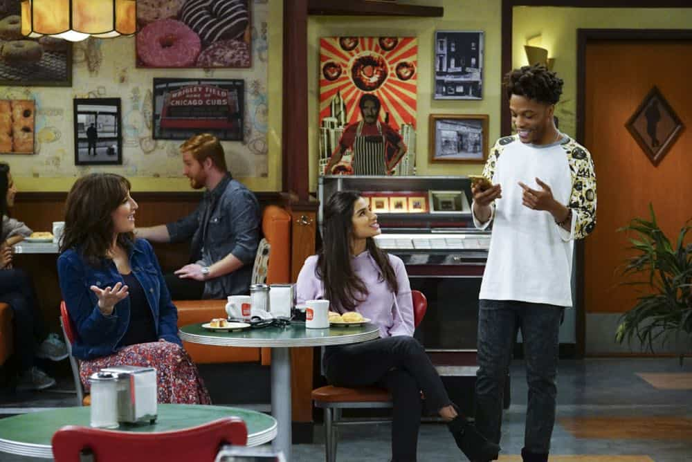 Superior Donuts Episode 20 Season 2 Broken Art 02