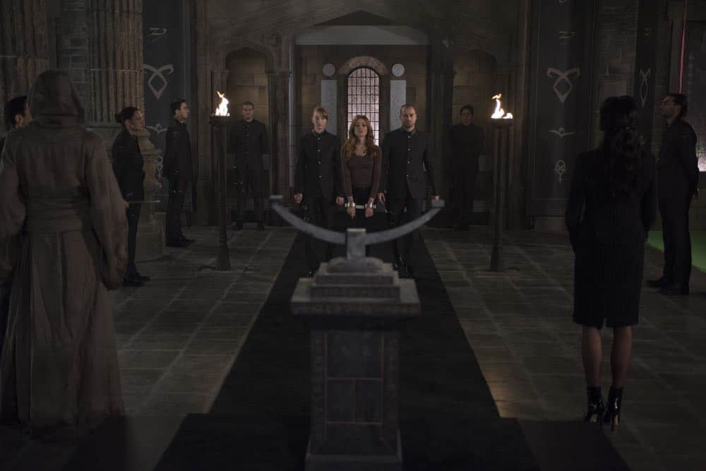 Shadowhunters Episode 8 Season 3 A Heart Of Darkness 35