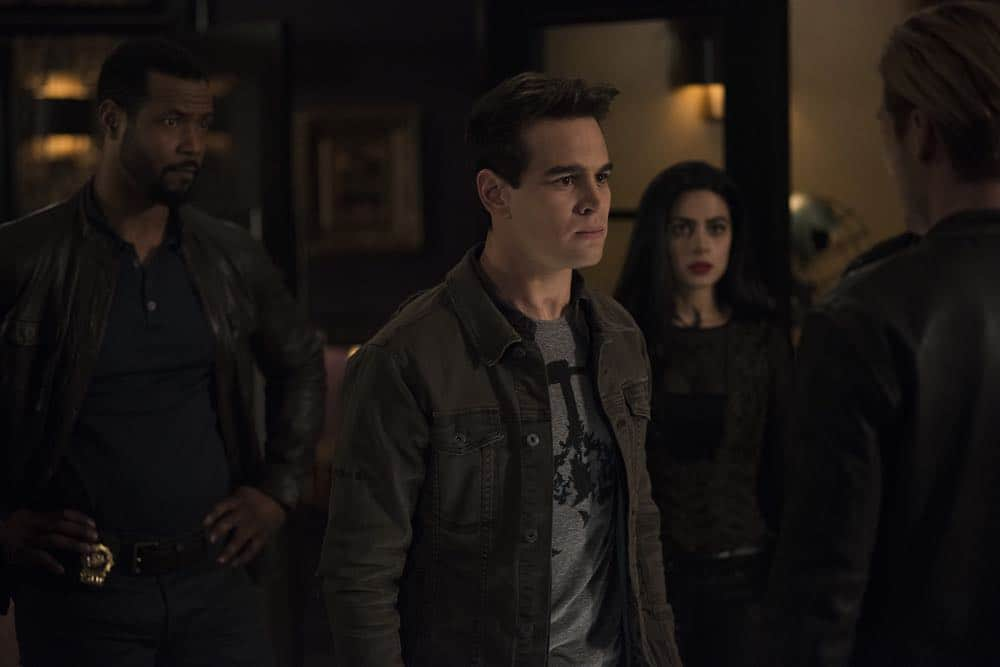 Shadowhunters Episode 8 Season 3 A Heart Of Darkness 28