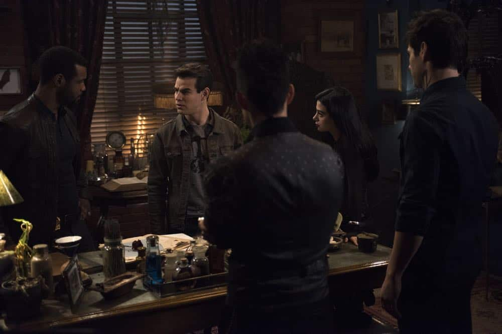 Shadowhunters Episode 8 Season 3 A Heart Of Darkness 06