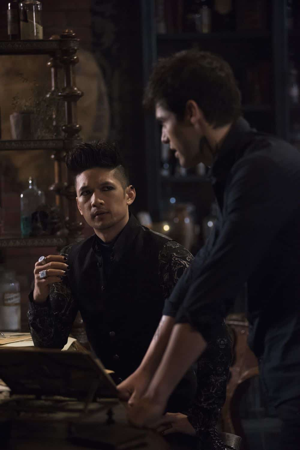 Shadowhunters Episode 8 Season 3 A Heart Of Darkness 02