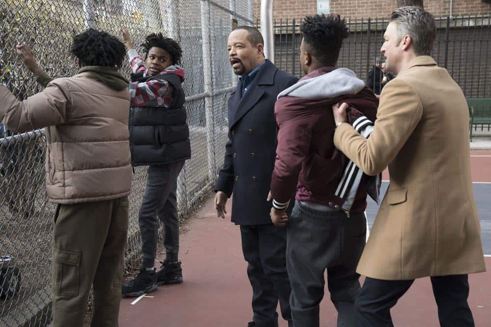 Law And Order SVU 21 Season 19 Guardian 02