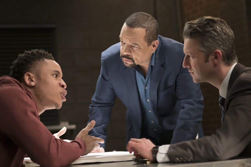 Law And Order SVU 21 Season 19 Guardian 05