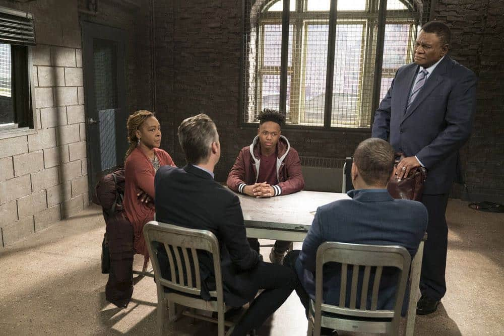 Law And Order SVU 21 Season 19 Guardian 06