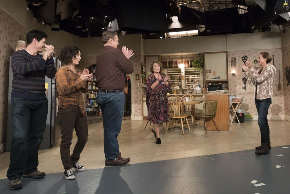 Roseanne Episode 8 Season 10 Netflix and Pill 05