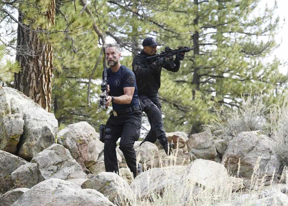 SWAT Episode 21 Season 1 Hunted 3
