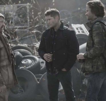 """Supernatural -- """"Exodus"""" Jim Beaver as Bobby Singer, Jensen Ackles as Dean and Jared Padalecki as Sam"""