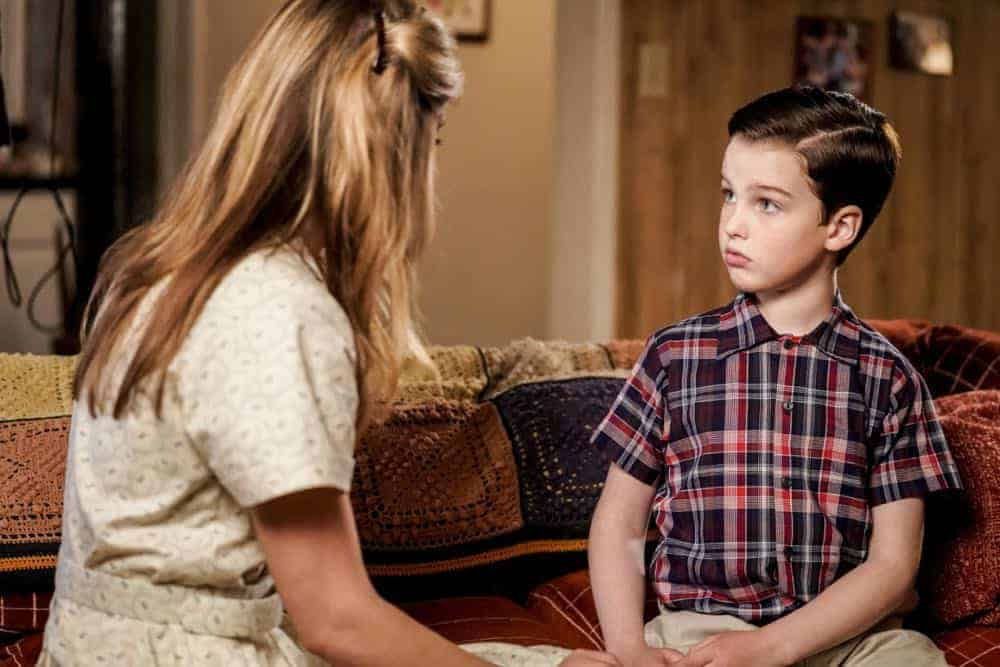 Young Sheldon Episode 22 Season 1 Vanilla Ice Cream Gentleman Callers and a Dinette Set 04