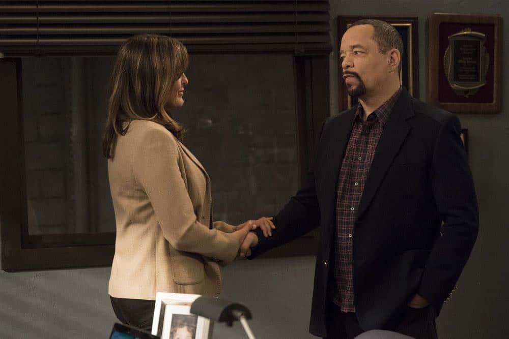 Law And Order SVU Episode 22 Season 19 Mama 01