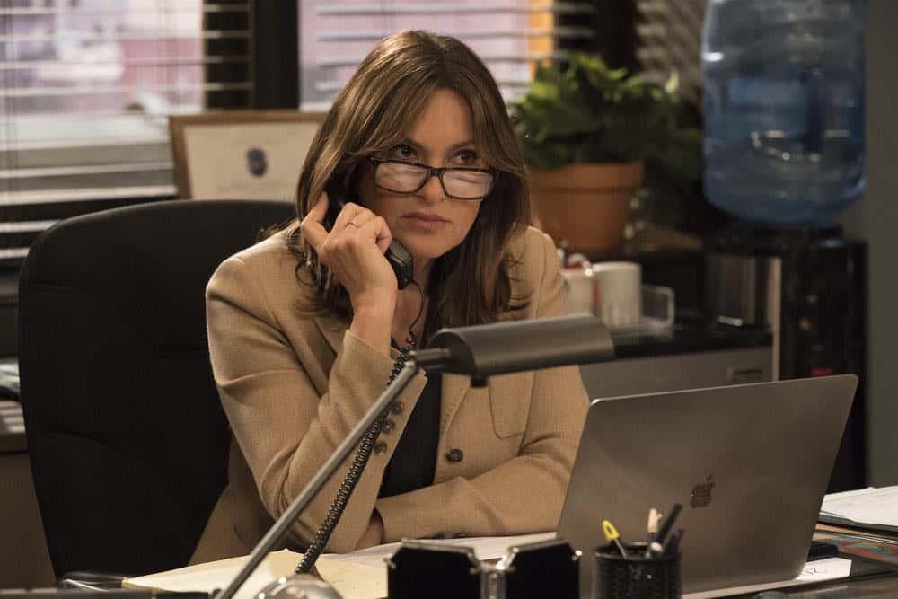 Law And Order SVU Episode 22 Season 19 Mama 02