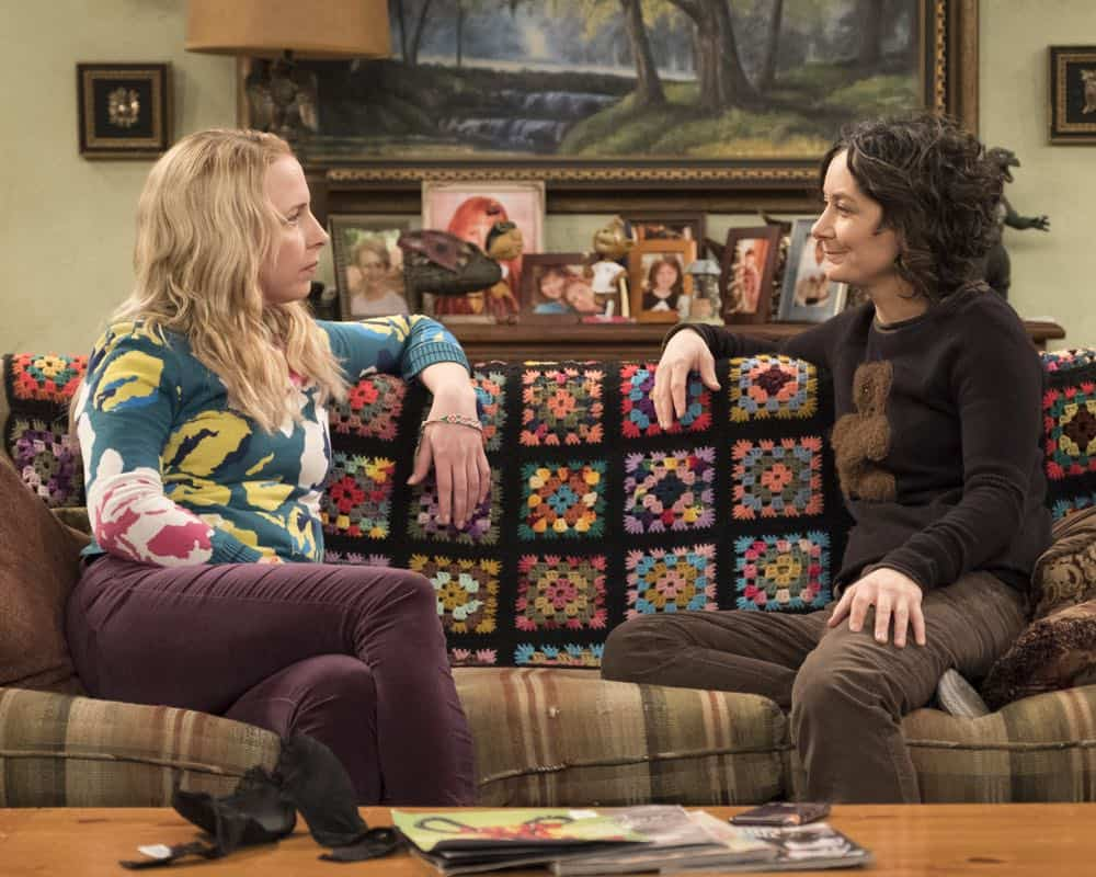 Roseanne Episode 9 Season 10 Knee Deep 05