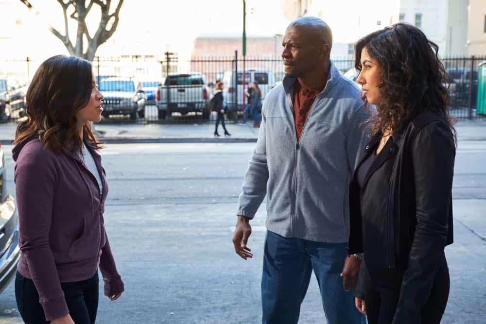 Brooklyn Nine Nine Episode 22 Season 5 Jake And Amy 2