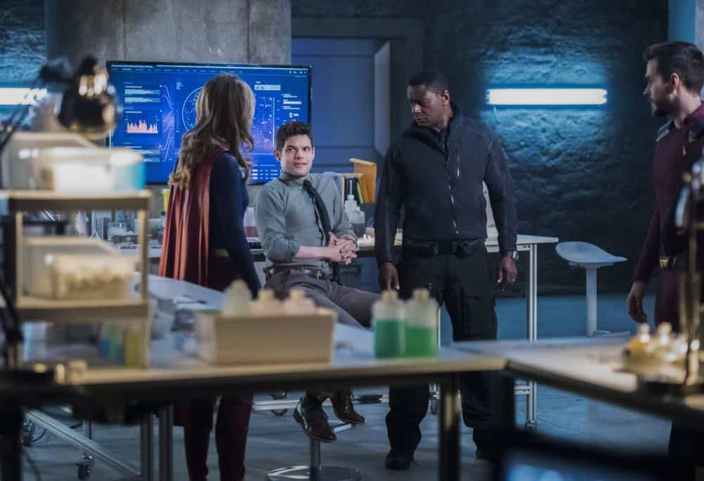 Supergirl Episode 19 Season 3 The Fanatical 02