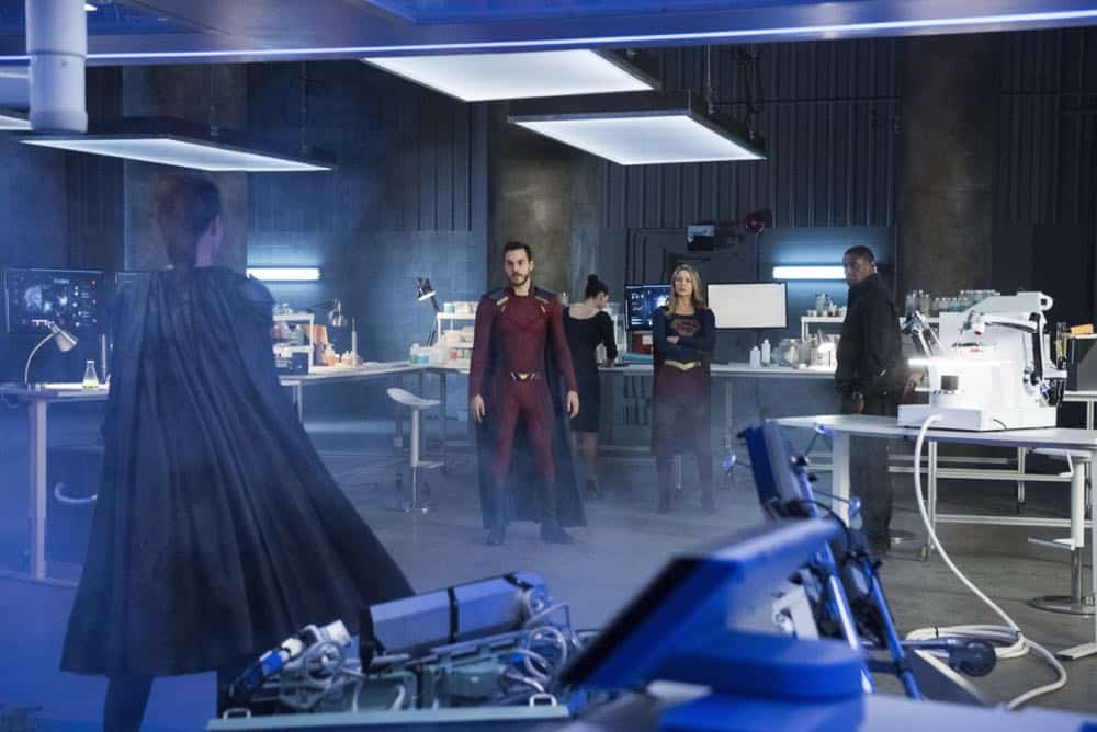 Supergirl Episode 19 Season 3 The Fanatical 08