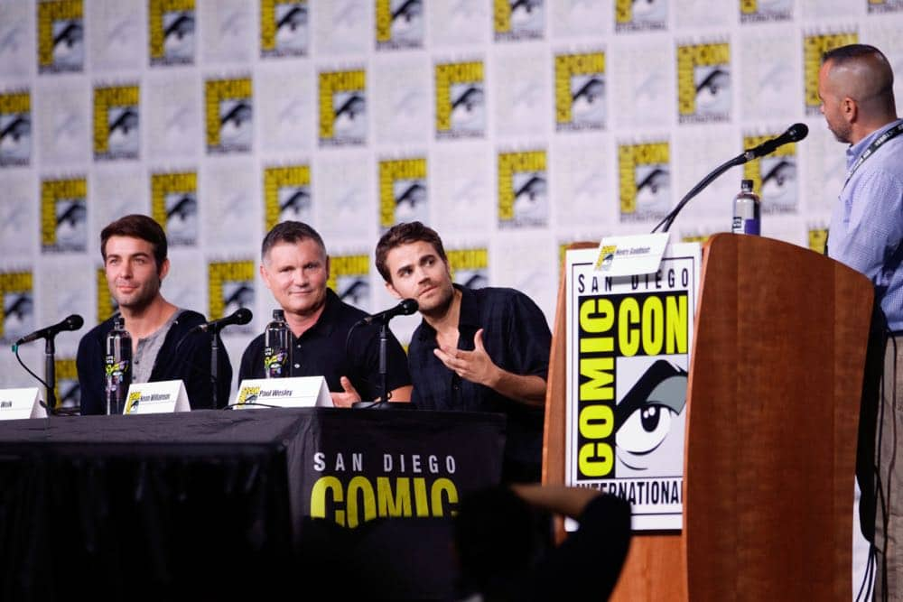 Tell Me A Story Comic Con 2018 CBS All Access 04