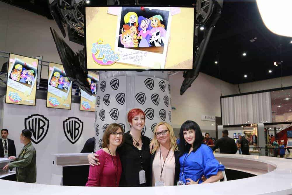 DC SUPER HERO GIRLS Comic Con 2018 Signing Photos 6