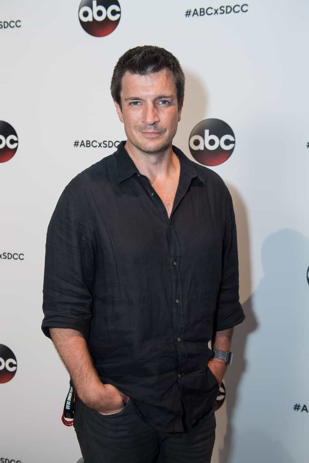 Nathan Fillion THE ROOKIE Comic Con 2018 03