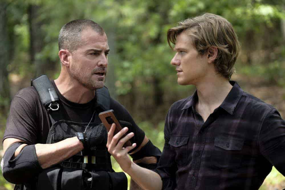 """Improvise"" - Three months after quitting the Phoenix Foundation and moving to Nigeria, Mac puts aside his differences with his father and returns when he hears Jack is the target of a murderous dictator he double-crossed, on the third season premiere of MACGYVER, Friday, Sept. 28 (8:00-9:00 PM, ET/PT) on the CBS Television Network. Pictured: George Eads, Lucas Till. Photo: Guy D'Alema/CBS ©2018 CBS Broadcasting, Inc. All Rights Reserved"