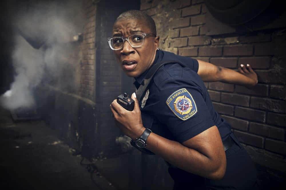9-1-1: Aisha Hinds. CR: Mathieu Young/ FOX. © 2018 FOX Broadcasting.