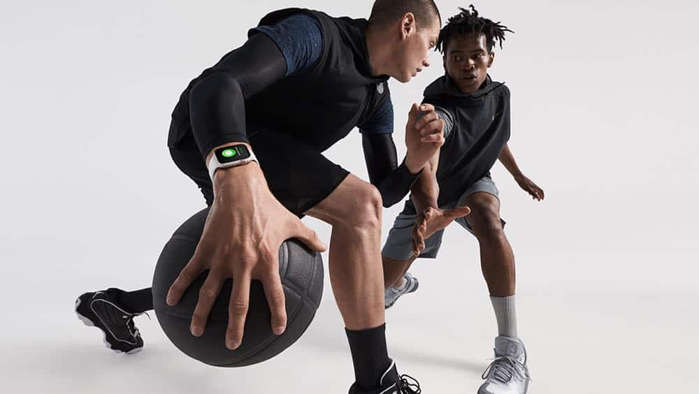 Apple Watch Series4 basketball lifestyle 09122018
