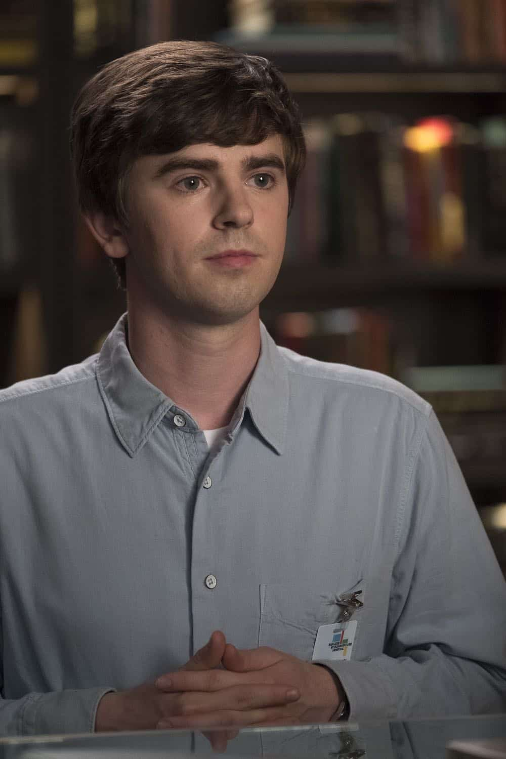"""THE GOOD DOCTOR - """"Hello"""" - Shaun's (Freddie Highmore) proposed treatment for a homeless patient puts him and Jared (Chuku Modu) in Andrews' (Hill Harper) crosshairs. Meanwhile, Claire (Antonia Thomas) tries to overcome Melendez's (Nicholas Gonzalez) reluctance to do a risky heart operation while Glassman (Richard Schiff) must overcome his personal feelings about his oncologist, Dr. Marina Blaize (guest star Lisa Edelstein), and face a difficult decision about his health, on the season premiere of """"The Good Doctor,"""" MONDAY, SEPT. 24 (10:00-11:00 p.m. EDT), on The ABC Television Network. (ABC/Jeff Weddell) FREDDIE HIGHMORE"""