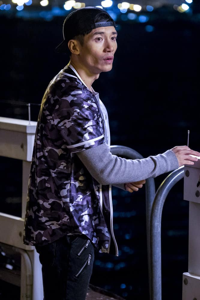 """THE GOOD PLACE -- """"Everything is Bronzer! Pt. 2"""" Episode 302 -- Pictured: Manny Jacinto as Jianyu -- (Photo by: Justin Lubin/NBC)"""