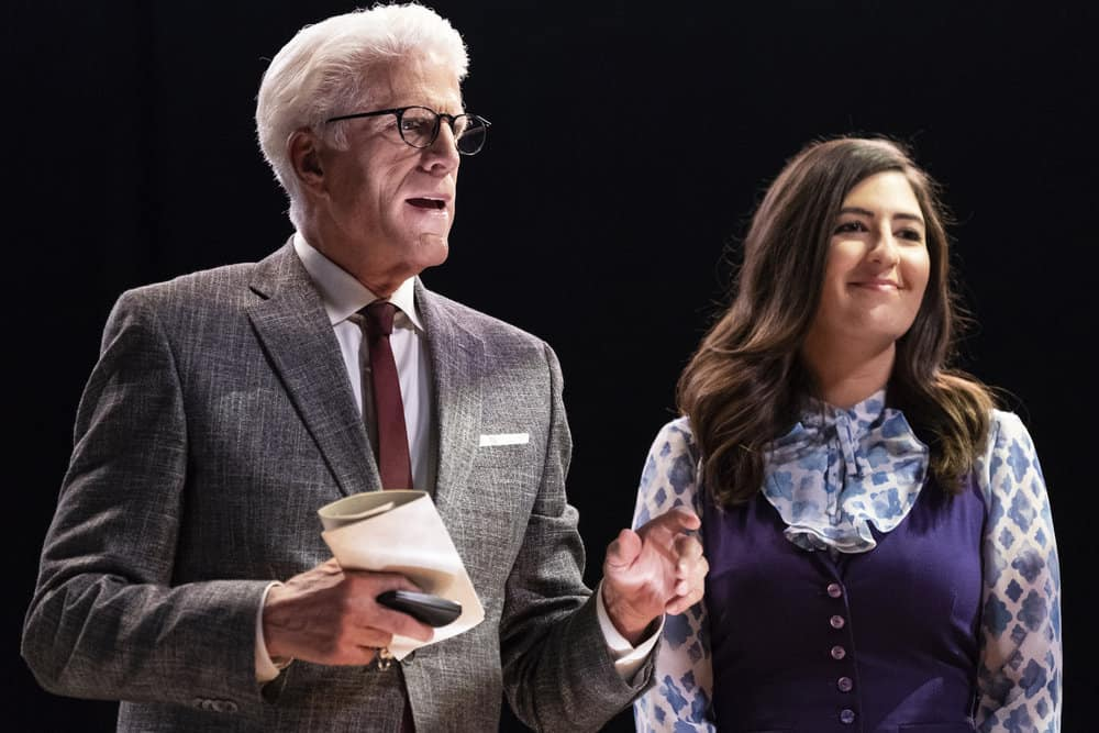 """THE GOOD PLACE -- """"Everything is Bronzer! Pt. 2"""" Episode 302 -- Pictured: (l-r) Ted Danson as Michael, D'Arcy Carden as Janet -- (Photo by: Justin Lubin/NBC)"""