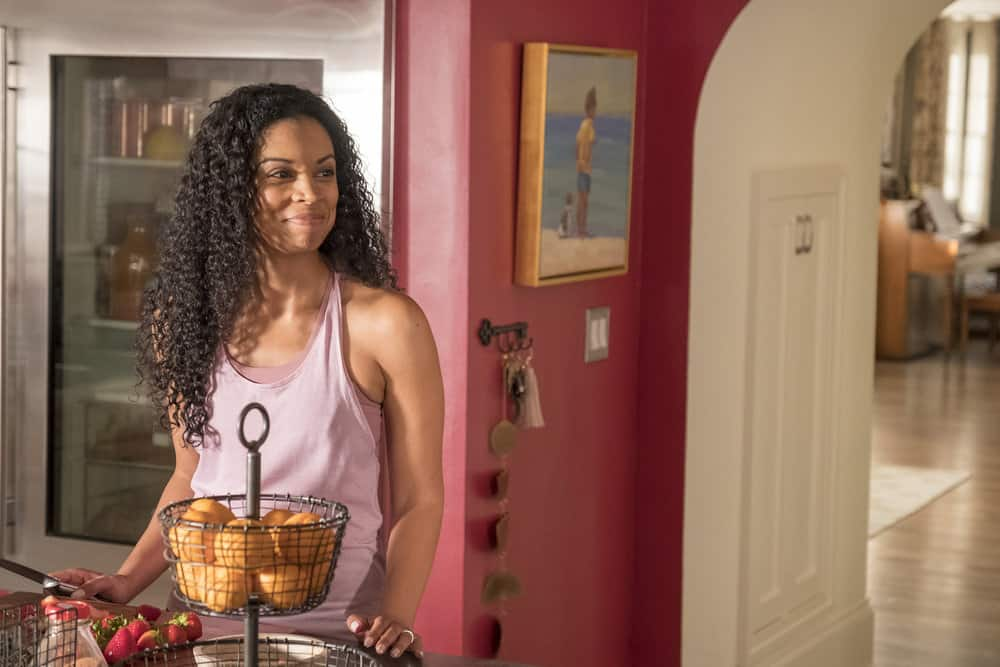 "THIS IS US -- ""Ave Maria"" Episode 301 -- Pictured: Susan Kelechi Watson as Beth -- (Photo by: Ron Batzdorff/NBC)"