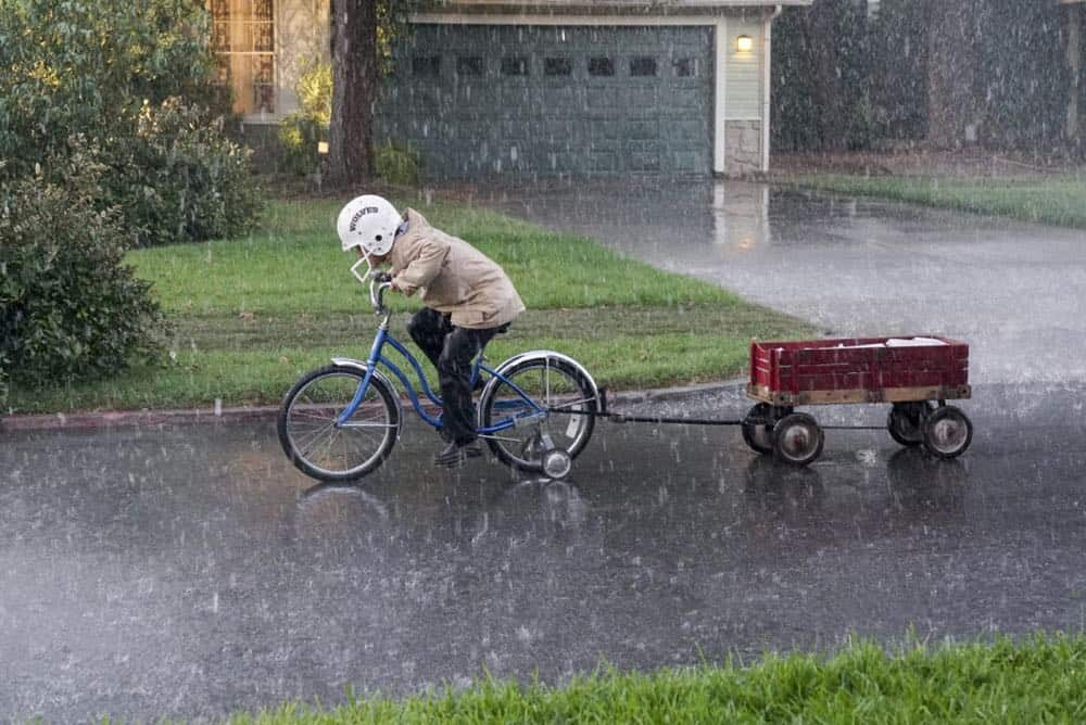 YOUNG SHELDON Season 2 Episode 1 A High Pitched Buzz and Training Wheels 22