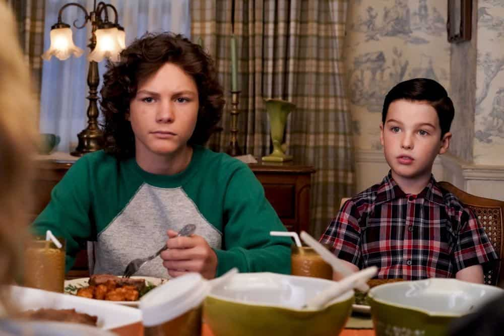 YOUNG SHELDON Season 2 Episode 1 A High Pitched Buzz and Training Wheels 01