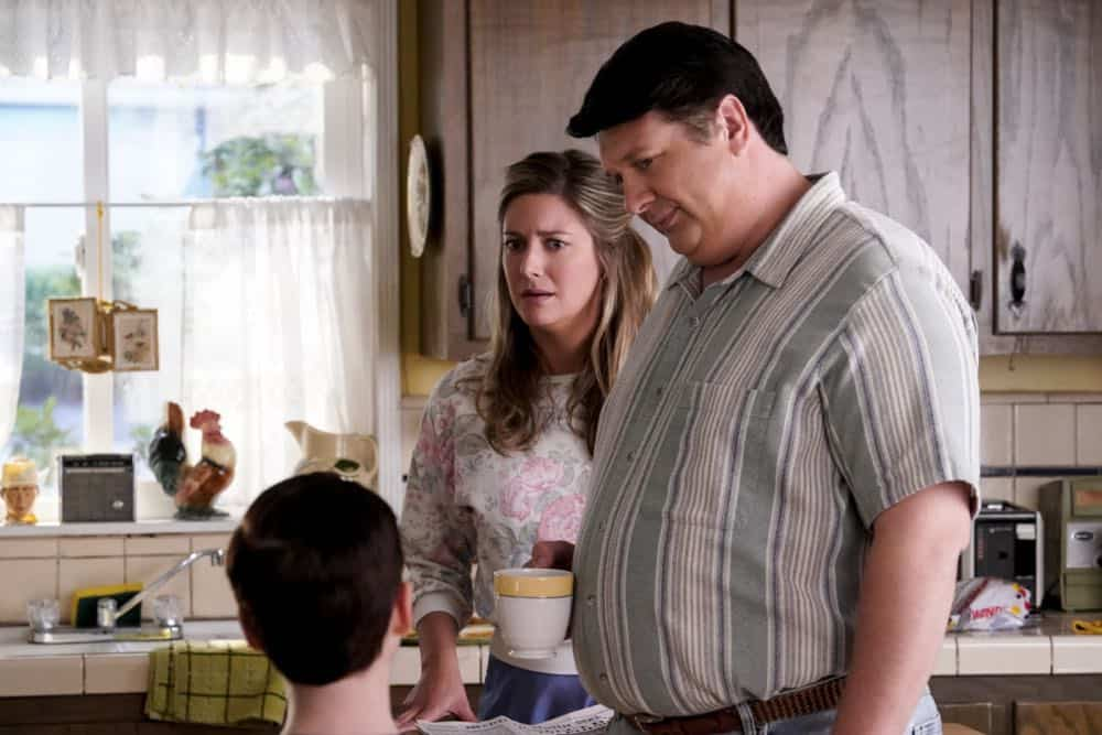 YOUNG SHELDON Season 2 Episode 1 A High Pitched Buzz and Training Wheels 06