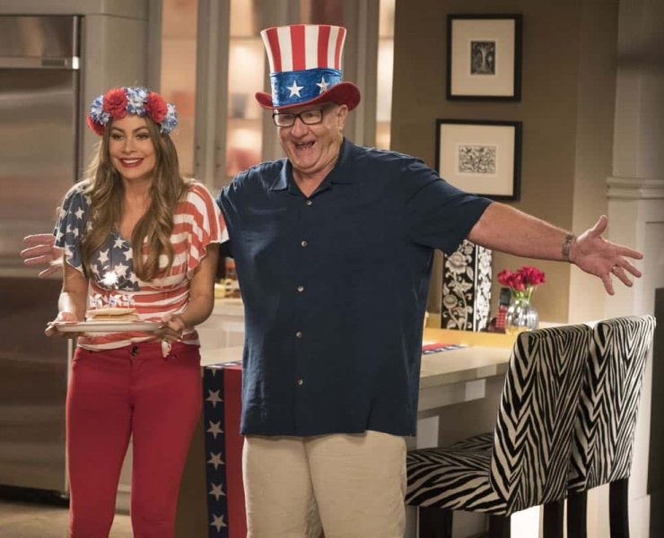 "MODERN FAMILY - ""I Love a Parade"" - The Pritchett-Dunphy-Tucker clan are going to be setting off more than a few fireworks when they get together at the annual Fourth of July parade where Jay will be acting as the grand marshal. Meanwhile, Haley's goodbye with Arvin before his trip to Switzerland doesn't go as well as she pictured it and is distracted by the return of an old flame during the 10th season premiere, on ""Modern Family,"" WEDNESDAY, SEPT. 26 (9:00-9:31 p.m. EDT), on The ABC Television Network. (ABC/Kelsey McNeal) SOFIA VERGARA, ED O'NEILL"