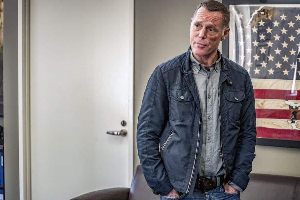 "CHICAGO P.D. -- ""New Normal"" Episode 601 -- Pictured: Jason Beghe as Hank Voight -- (Photo by: Matt Dinerstein/NBC)"
