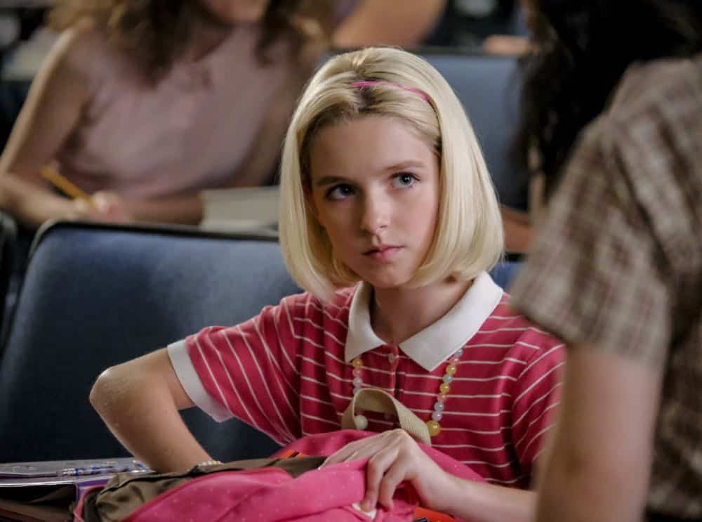 """""""A Rival Prodigy and Sir Isaac Neutron"""" - Pictured: Paige (McKenna Grace). When Dr. Sturgis (Wallace Shawn) bonds with Paige (McKenna Grace), another ten year-old genius, Sheldon's jealousy leads Meemaw to intervene.  Also, Mary invites Paige's family over for a play date, when YOUNG SHELDON airs in its regular time slot, Thursday, Sept. 27 (8:31-9:01 PM, ET/PT) on the CBS Television Network. Photo: Darren Michaels/Warner Bros. Entertainment Inc. © 2018 WBEI. All rights reserved."""