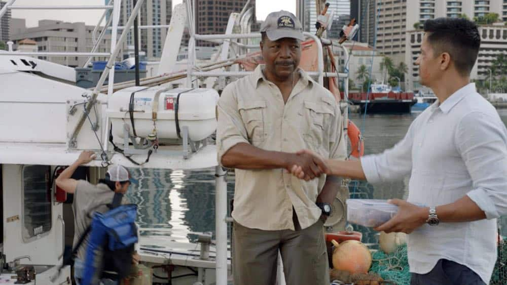 """From the Head Down"" - Magnum helps a struggling fisherman and fellow Veteran when his 300 pound tuna worth $350K is stolen, but they discover that the thief needs Magnum's help as well, on MAGNUM P.I., Monday, Oct. 1 (9:00-10:00 PM, ET/PT) on the CBS Television Network. Pictured L-R: Carl Weathers as Dan Sawyer and Jay Hernandez as Thomas Magnum Photo: CBS ©2018 CBS Broadcasting, Inc. All Rights Reserved"