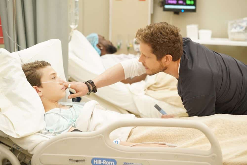 THE RESIDENT Season 2 Episode 2 The Prince And The Pauper 16