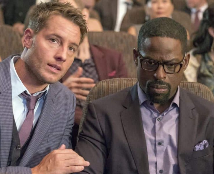"""THIS IS US -- """"A Philadelphia Story"""" Episode 302 -- Pictured: (l-r) Justin Hartley as Kevin Pearson, Sterling K. Brown as Randall Pearson -- (Photo by: Ron Batzdorff/NBC)"""