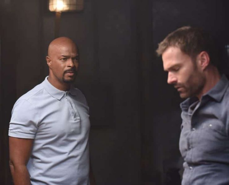 """LETHAL WEAPON: L-R: Damon Wayans and Seann William Scott in the Need To Know"""" episode of LETHAL WEAPON airing Tuesday, Oct. 2 (9:00-10:00 PM ET/PT) on FOX. ©2018 Fox Broadcasting Co. CR: FOX"""