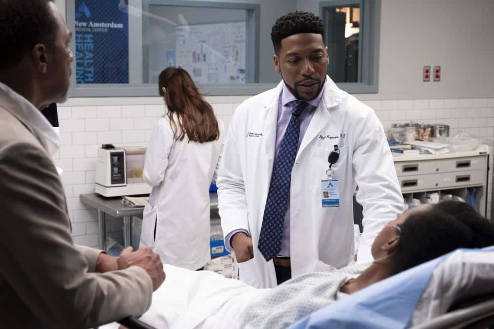 "NEW AMSTERDAM -- ""Rituals"" Episode 102 -- Pictured: Jocko Sims as Dr. Floyd Reynolds -- (Photo by: Francisco Roman/NBC)"