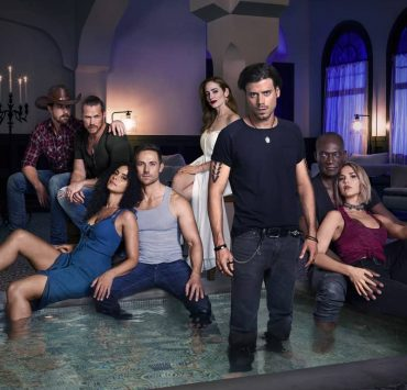 MIDNIGHT, TEXAS -- Season: 2 -- Pictured: (l-r) Josh Kelly as Walker, Jason Lewis as Joe, Parisa Fitz Henley as Fiji, Dylan Bruce as Bobo, Jaime Ray Newman as Patience, François Arnaud as Manfred Bernardo, Peter Mensah as Lemuel, Arielle Kebbel as Olivia -- (Photo by: Virginia Sherwood/NBC)