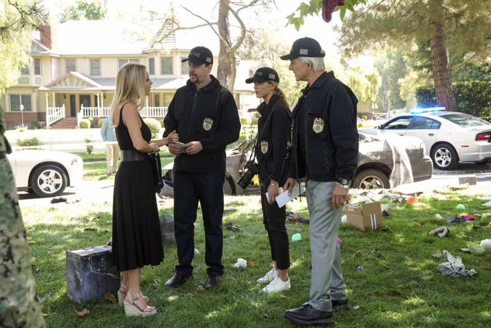 """Boom"" -- One of the NCIS agents is starstruck after the team investigates an explosion outside the home of Navy Petty Officer First Class Todd Nicholas (Cameron Radice) and his wife, popular reality TV star Sheba Nicholas (Tara Holt). Also, Vance continues physical therapy for the injuries sustained when he was held hostage, on NCIS, Tuesday, Oct. 9 (8:00-9:00 PM, ET/PT) on the CBS Television Network. Pictured: Tara Holt, Sean Murray, Emily Wickersham, Mark Harmon Photo: Sonja Flemming/CBS ©2018 CBS Broadcasting, Inc. All Rights Reserved"