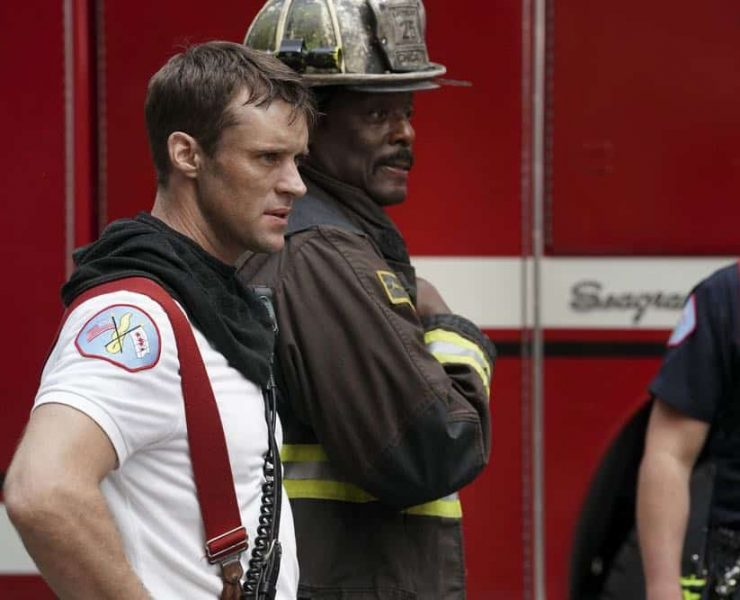 "CHICAGO FIRE -- ""Going to War"" Episode 702 -- Pictured: (l-r) Jesse Spencer as Matthew Casey, Eamonn Walker as Chief Boden -- (Photo by: Elizabeth Morris/NBC)"