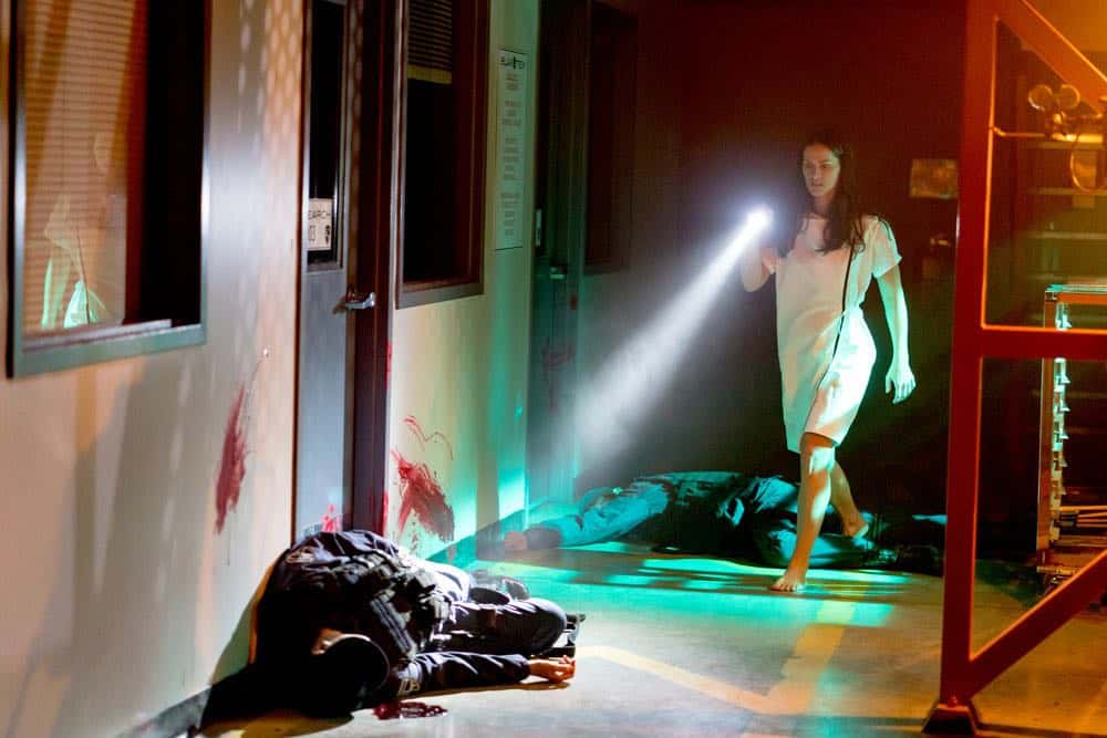 VAN HELSING Season 3 Episode 1 Fresh Tendrils 01