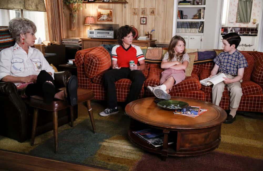 YOUNG SHELDON Season 2 Episode 3 A Crisis Of Faith And Octopus Aliens 02