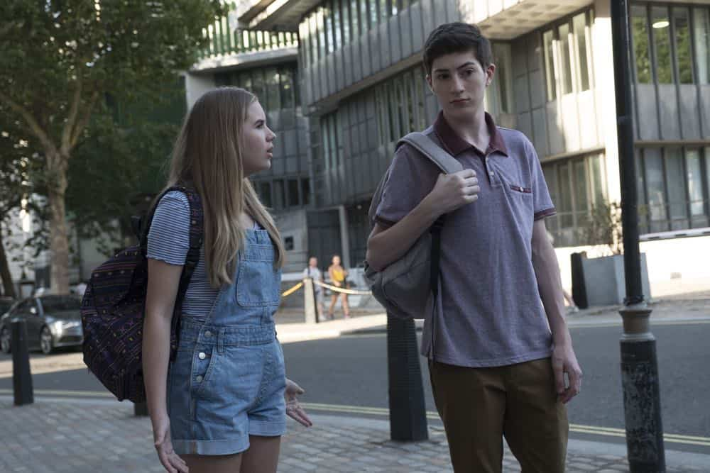 Speechless Season 3 Episode 1 London Part 1 50