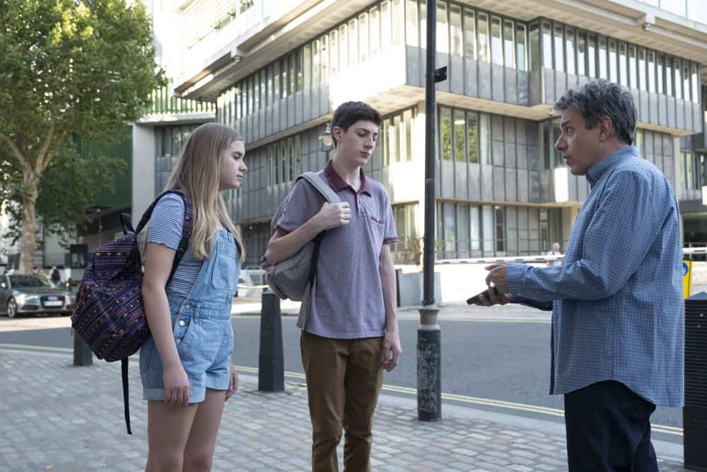 Speechless Season 3 Episode 1 London Part 1 51