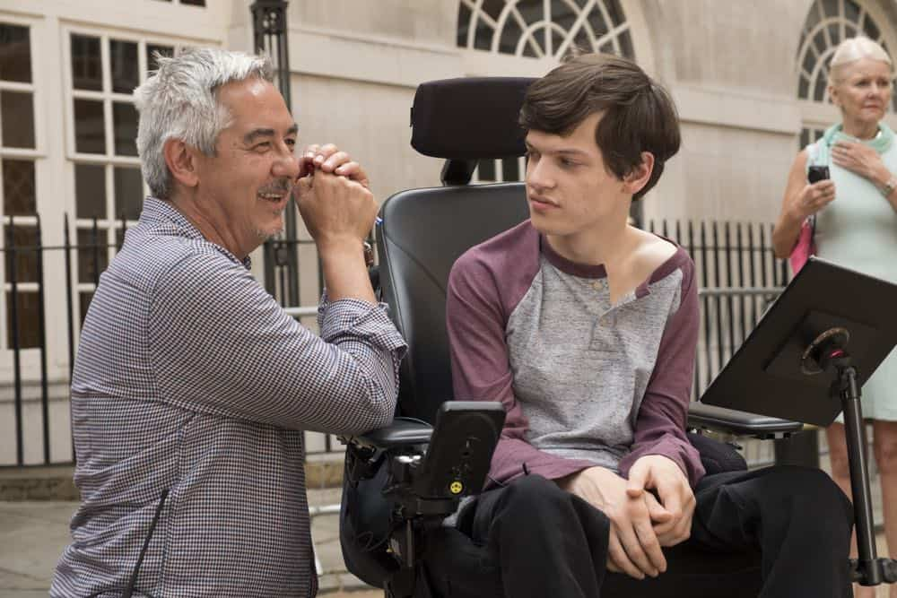 Speechless Season 3 Episode 1 London Part 1 39