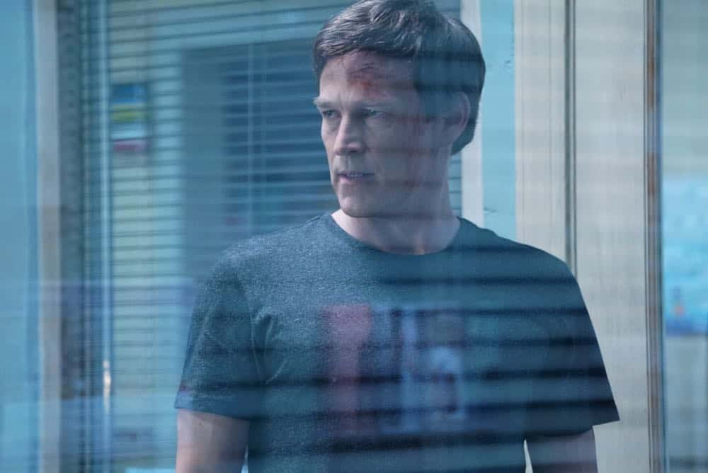 """THE GIFTED:  Stephen Moyer in the """"coMplications"""" episode of THE GIFTED airing Tuesday, Oct. 9 (8:00-9:00 PM ET/PT) on FOX. ©2018 Fox Broadcasting Co. Cr: Annette Brown/FOX."""