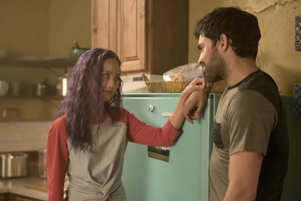 """THE GIFTED: L-R:  Jamie Chung and Sean Teale in the """"coMplications"""" episode of THE GIFTED airing Tuesday, Oct. 9 (8:00-9:00 PM ET/PT) on FOX. ©2018 Fox Broadcasting Co. Cr: Annette Brown/FOX."""