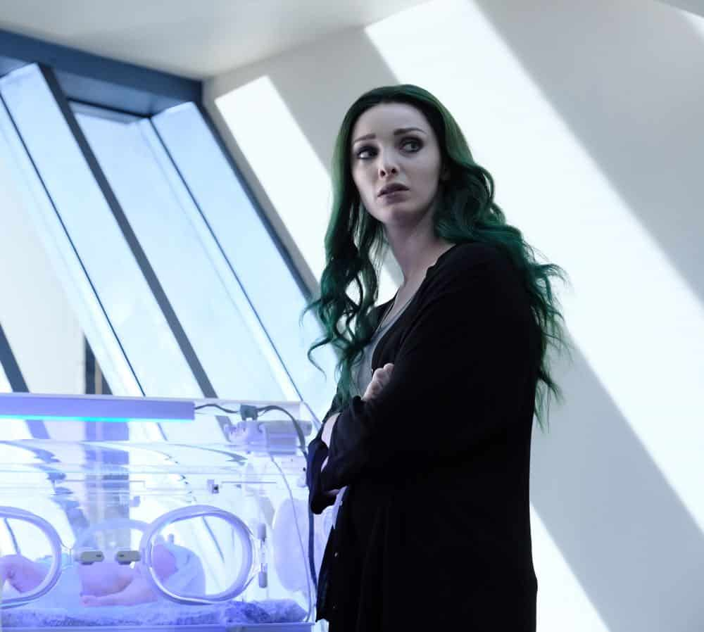 """THE GIFTED:  Emma Dumont in the """"coMplications"""" episode of THE GIFTED airing Tuesday, Oct. 9 (8:00-9:00 PM ET/PT) on FOX. ©2018 Fox Broadcasting Co. Cr: Guy D'Alema/FOX."""